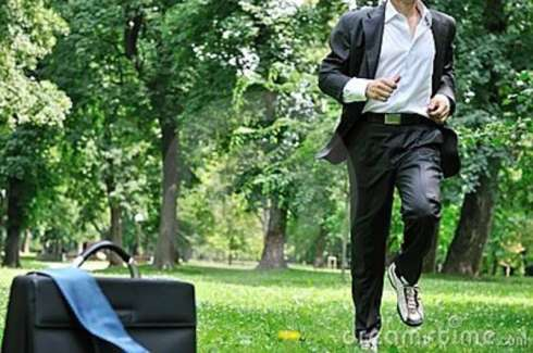 business-man-running-park-training-19310134